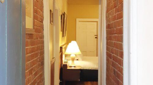 bourke-accommodation-executive-room-3 (2)