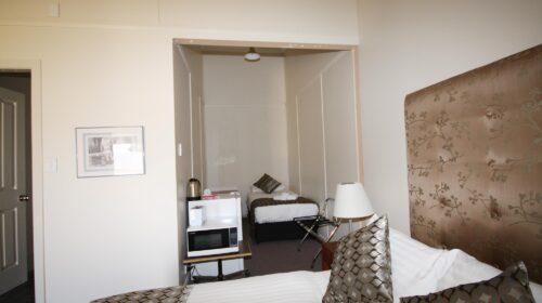 bourke-accommodation-standard-room-23 (4)