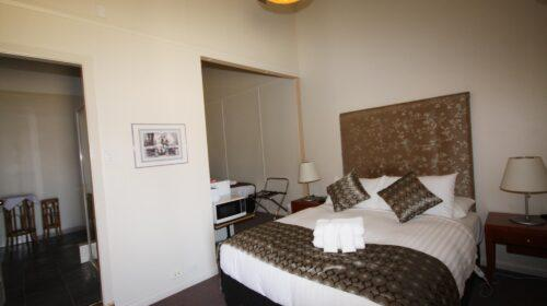 bourke-accommodation-standard-room-23 (5)
