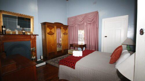 bourke-deluxe-accommodation-2bed-family-room-1 (16)