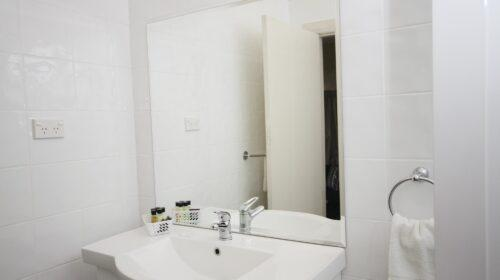 bourke-deluxe-accommodation-2bed-family-room-24 (6)