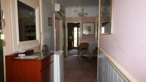 bourke-deluxe-accommodation-2bed-family-room-4 (1)