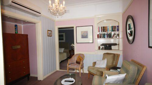 bourke-deluxe-accommodation-2bed-family-room-4 (8)