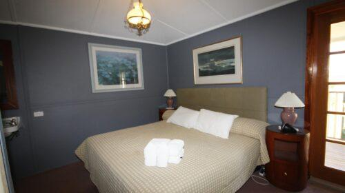 bourke-deluxe-accommodation-2bed-family-room-4 (9)