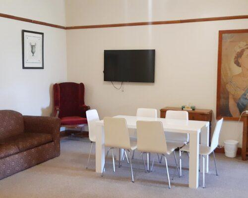bourke-deluxe-accommodation-family-king-room-26 (17)