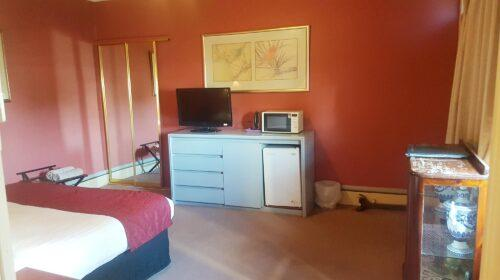 bourke-deluxe-accommodation-king-room-18 (4)