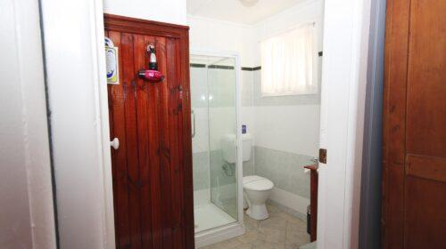 bourke-deluxe-accommodation-king-room-19 (1)